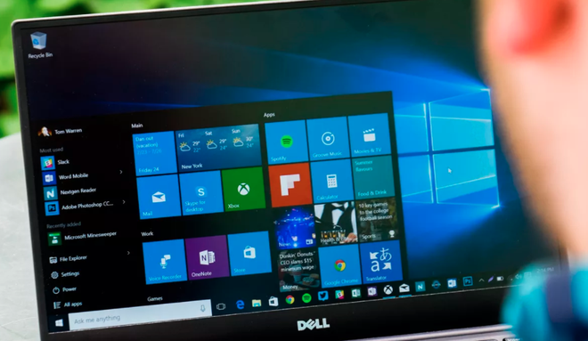 màn hình máy tính bị xanh