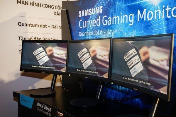 màn hình máy tính cong samsung